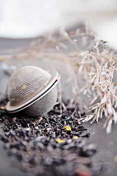 Beautiful #tea and a beautiful photo. I love #infuser tongs, they are so simple to use! Click on the link below to find yours.. http://www.teapalace.co.uk/Infuser-Tongs-P948/