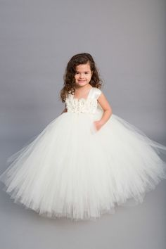 66f07a8f67a8 69 Best flower girl images