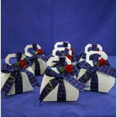 Scottish Wedding Decorations | Wedding Favours and Cake Decorations