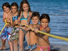 """Chers amis, tout le long de la belle côte Adriatique italienne en Romagne, de Rimini à Riccione, ne perdez pas """"Giocaestate"""" ou en français """"Joue-été"""", un riche programme d'événements conçu pour le divertissement familial, qui vous donnera des moments uniques avec vos enfants! http://www.xn--bravo-sjour-hbb.com/c%C3%B4te-adriatique-divertissement-familial-sur-la-plage.html <3"""