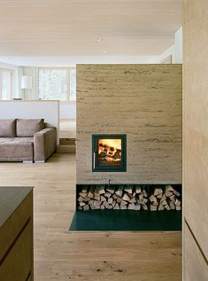 Clever fireplaces coming from Austria and that very inspirational architect Martin Rauch. House Plans, Home, Earth Design, House, Brick Chimney, Interior Design, House Interior, Fireplace, Rammed Earth Homes
