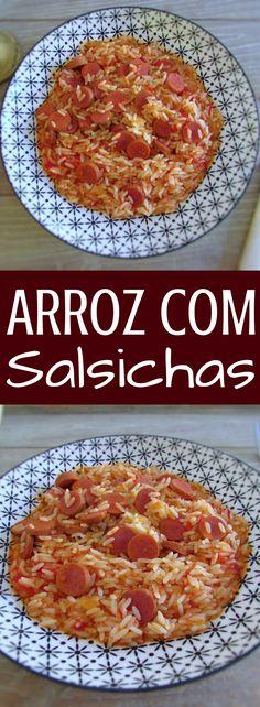 Arroz com salsichas | Food From Portugal. Prepare esta receita deliciosa, simples e rápida de arroz com salsichas! É a receita perfeita quando tem muito pouco tempo ou não sabe o que fazer para o almoço ou para o jantar! Bom apetite!!! #receita #arroz #salsicha