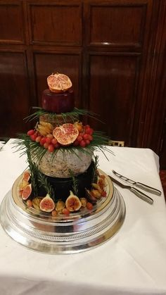 alternative for the weeding cake, a cheese course