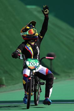 Mariana Pajon of Colombia celebrates after winning the gold during the Women's… Bmx, Motocross, 2016 Pictures, Rio 2016, Athletics, Dream Life, Old And New, Olympics, Wheels