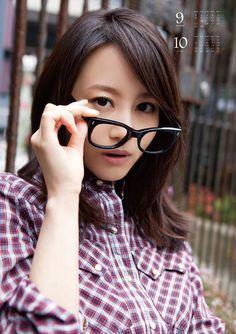 【女子こそ見たい】堀北真希の美しすぎる画像ギャラリー【1000枚】 - NAVER まとめ Asian Beauty, Actresses, Poses, Glasses, Pretty, Cute, Hair, Asian Models, Idol