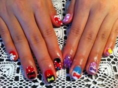 Oh....My...God!!!! Most likely the most amazing nail art ever!!!!