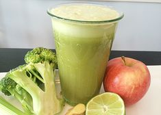 4 celery stalks 1 lime, peeled 1 small apple 2 in (5 cm) piece of ginger 1 large broccoli stalk