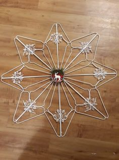 Ornament Crafts, Xmas Ornaments, Holiday Crafts, Christmas Snowflakes, Christmas Art, Christmas Villages, Christmas Wreaths, Hanger Crafts, Spool Crafts