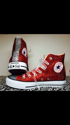 how to make rhinestone converse Bedazzled Converse, Rhinestone Converse, Glitter Converse, Glitter Shoes, Red Glitter, Converse Sneakers, Outfits With Converse, Converse All Star, Jean Outfits