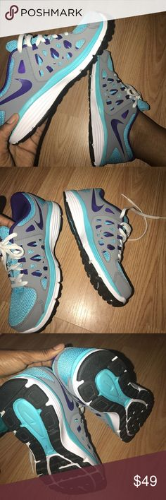 PRETTY NIKES Super cute Nikes! new condition, worn to try on only. size 5Y Nike Shoes Athletic Shoes