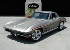 1964 Corvette Stingray With Custom Wheels