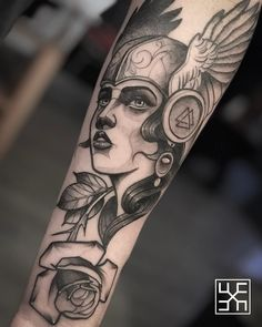 Grab your hot tattoo designs. Get access to thousands of tattoo designs and tattoo photos Black Tattoos, Body Art Tattoos, New Tattoos, Tatoos, Pretty Tattoos, Beautiful Tattoos, Traditional Viking Tattoos, Spartan Tattoo, Tatuagem New School