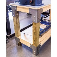 Eastwood shop table work bench bracket kit inspiration of diy workbench with drawers Workbench With Drawers, Steel Workbench, Diy Workbench, Workbench Organization, Simple Workbench Plans, Industrial Workbench, Workbench On Wheels, Garage Workbench Plans, Industrial Furniture