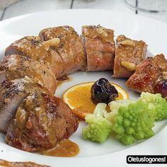 Si quieres sorprender en una cena este solomillo de cerdo al vermut y naranja es lo que estás buscando, la combinación de sabores es genial.