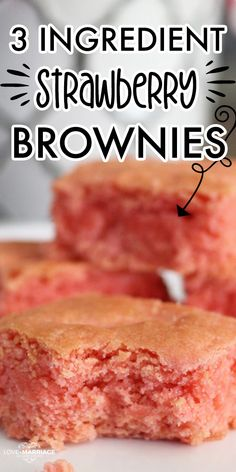 Strawberry Brownies Recipe Just 3 Ingredients - Strawberry Desserts - Easy recipes to make! Easy Strawberry Desserts, Strawberry Brownies, Lemon Desserts, Easy Desserts, Valentine Desserts, Easy Baking Recipes, Fun Easy Recipes, Sweet Recipes, Bread Recipes