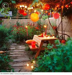 Someone knows how to set the scene for a romantic night!