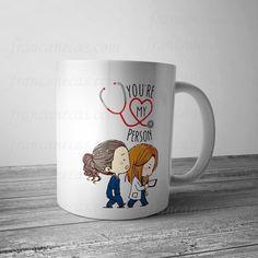 Grey's Anatomy You're my person uma linda caneca personalizada produzida em nossa loja especialmente pra você cliente amigo.