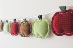 Autumn Apple Garland - Primitive Home Decor - Thanksgiving Harvest Fall Rustic Bunting Houndstooth