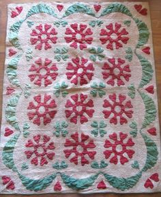 Rare c1850 Crib Quilt Red Green Applique Hearts & Swag Border  A rare find! Vintageblessings on Rubylane