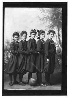 Topeka High School girls' basketball team, 1903.