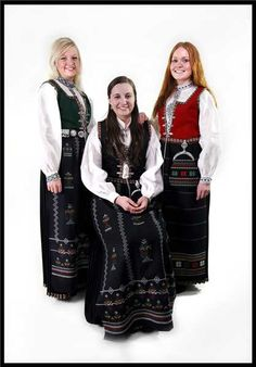Nordfjord bunads - mine is the green one Folk Costume, Costumes, Fjord, Going Out Of Business, Norway, Green, Clothing, Recipes, Beauty
