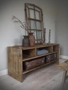 Palette, Bathroom Toilets, Home Decor Kitchen, Woodworking Projects, Farmhouse Decor, Entryway Tables, Living Room Decor, Sweet Home, Rustic