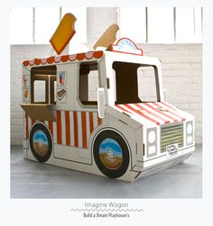 Juguetes de cartón diferentes, plegables, reciclables y preciosos. http://buildadreamplayhouses.com/