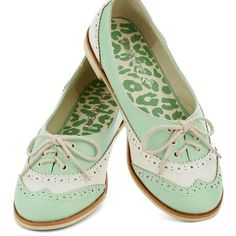 Amalgam of the Year Flat in Mint and Ivory Cute flats from Modcloth and the brand is Bumper. As you can see from my personal picture, the shoe is a little more green-y than the website advertised. Only worn once, I really don't get the opportunity to take them out. Give them a good home! ModCloth Shoes Flats & Loafers