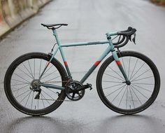 Classic Road Bike, Bicycle Types, Bicycle Painting, Bike Bag, Bicycle Race, Bike Frame, Bicycle Design, Road Bikes, My Ride
