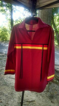 Men's traditional RIBBON SHIRT, native American-style, in Sm ,Med or Large size. All pics are samples! Indicate your size,color and ribbons. Native American Regalia, Native American Clothing, Native American Fashion, Native Fashion, Shirt Dress Pattern, Shirt Patterns, Sewing Patterns, Native Wears, Ribbon Skirts