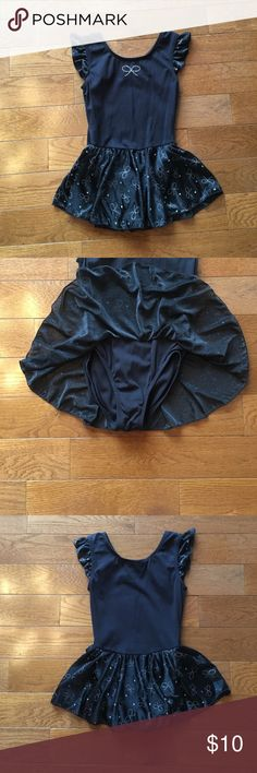 Girls Dance/Gymnastics leotard 🤸‍♂️ Girls black leotard-so cute with little silver bows on the skirt!! Perfect condition!! Other