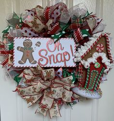 Gingerbread Christmas Decor, Gingerbread Crafts, Gingerbread Decorations, Christmas Door Decorations, Christmas Mom, Christmas Crafts, Christmas Tree Wreath, Gingerbread Man, Christmas Themes