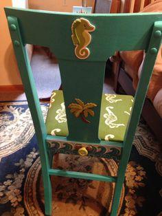Back of Isaac's beach house chair. Put knob on it for hanging beach towel