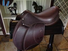 """17""""  new voltaire saddle"""