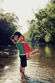 Cute <3 Can't wait to get my pics taken like this <3