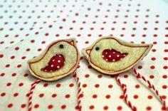 malukindian: мартеници Cufflinks, Enamel, Dolls, Felt Crafts, Brooches, Handmade, Accessories, Baby Dolls, Vitreous Enamel
