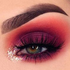 14 Shimmer Eye Makeup Ideas for Stunning Eyes Red Eyeshadow Looks Eye Eyes ideas. - 14 Shimmer Eye Makeup Ideas for Stunning Eyes Red Eyeshadow Looks Eye Eyes ideas Makeup Shimmer Stunning Makeup Eye Looks, Eye Makeup Art, Eye Makeup Tips, Cute Makeup, Makeup Goals, Gorgeous Makeup, Makeup Trends, Makeup Inspo, Makeup Ideas