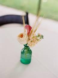 Image result for bud vase arrangements Wild Flower Arrangements, Bud Vases, Homemaking, Wild Flowers, Diffuser, Image, Flower Vases, Home Economics, Wildflowers