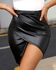 High Waist Surplice PU Skirt trendiest dresses for any occasions, special event dresses, accessories and women clothing. Trend Fashion, Latest Fashion, Women's Fashion, Fashion Skirts, Fashion Outfits, Moda Online, Womens Fashion Online, Pattern Fashion, Sleeve Styles