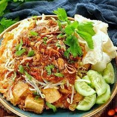 Resep olahan tahu istimewa Fruit Salad Recipes, Tofu Recipes, Asian Recipes, Cooking Recipes, Healthy Recipes, Ethnic Recipes, Asian Foods, Indonesian Food Traditional, Indonesian Cuisine
