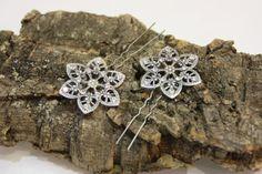 Peinecillos de metal con cristales