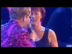ELTON JOHN & KIKI DEE - DON\'T GO BREAKING MY HEART - LIVE 2.000 (HQ-856X480) 3D VIDEO