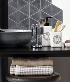Home | Bathroom | H&M US