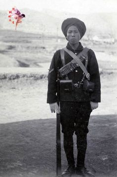 """【藏品】英军""""1st<wbr>CHINESE<wbr>REGIMENT""""(华勇营)帽徽"""