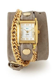 Someone buy this for me please! Love these watches.