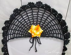 Rose Ragazzon Crochê: Jogo de Banheiro Preto & Amarelo Mescla