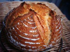 Hogaza de Navidad. Harina T80 de Mouline de colagne y panadera. Levadura fresca 0,5%. 12 Horas fermentación en nevera. REAL BREAD.