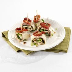 Pittige miniwrap met rosbief Tapas, No Cook Appetizers, Appetizer Recipes, Kiss The Cook, Recipe Sites, Allrecipes, Food And Drink, High Tea, Cooking Recipes