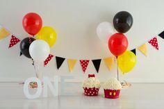 Twin's Birthday Mickey and Minnie Theme smash cake. Mickey Smash Cakes, Mickey And Minnie Cake, Minnie Mouse 1st Birthday, Mickey Mouse Parties, Twin Birthday Parties, Twin First Birthday, Birthday Ideas, Twin Cake Smash, Twins 1st Birthdays