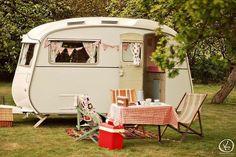 Tente-roulotte, caravane et autres véhicules récréatifs… pour férus de déco.
